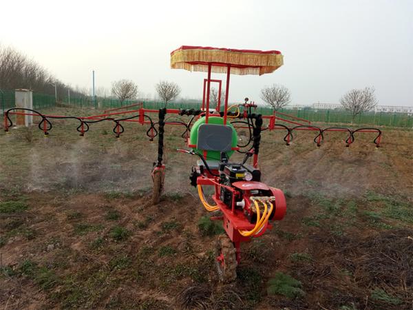 3wp-150型自走式喷杆喷雾机--郑州兰博尔农业科技有限公司
